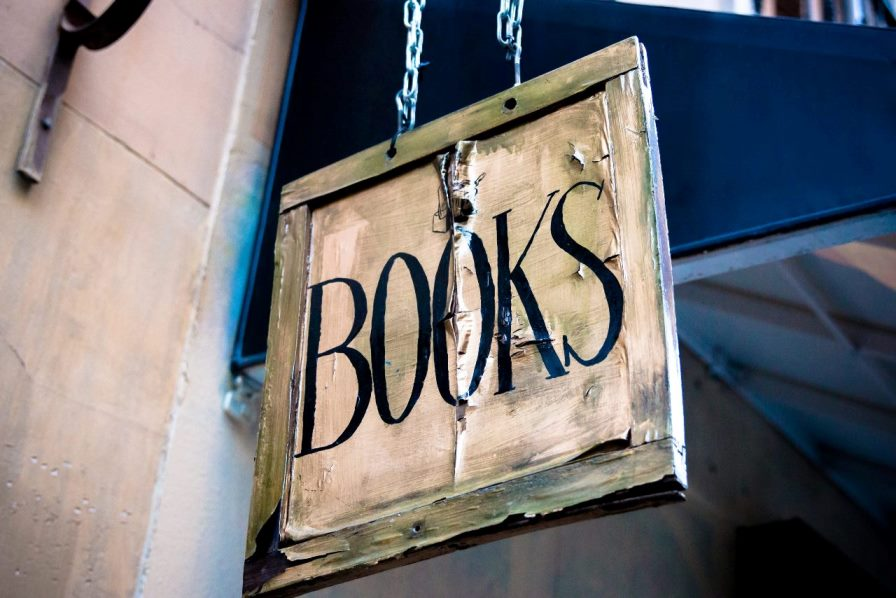 The Best 5 Non-Fiction Books- Must Read