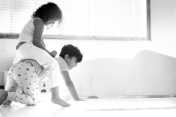brother and sister love images wallpaper childhood RevampMind
